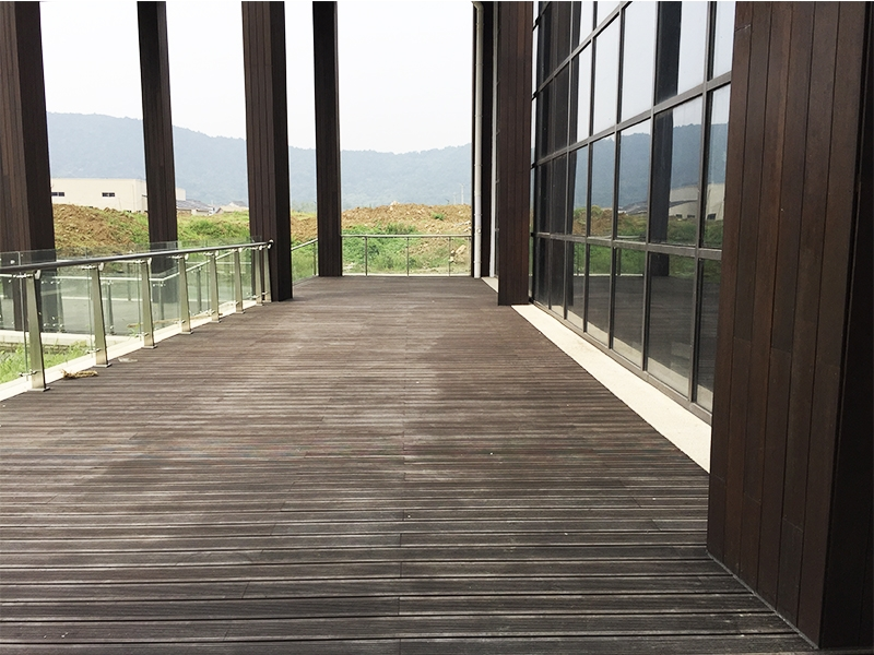 bamboo outdoor decking.JLD03